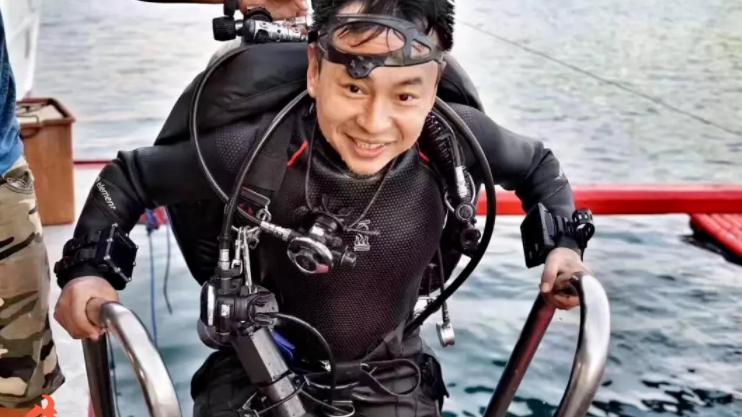 """中国探险协会牛人节目:韩颋 一场在刀尖上跳舞的""""死亡游戏"""""""