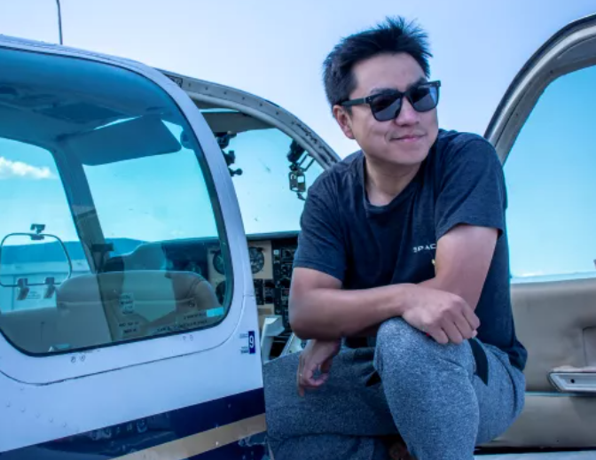 中国探险协会牛人节目 | 王思莼:开飞机去买菜,飞行没有那么遥不可及